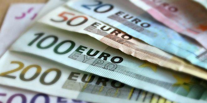 Banknoten 660x330 - Erbensuche in einer globalisierten Welt